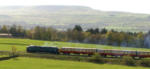 Photo of a steam engine at Leyburn